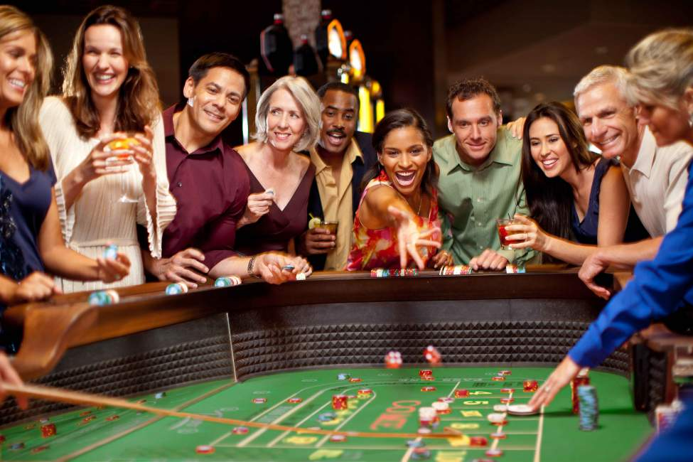 Six Life-saving Tips About Online Casino
