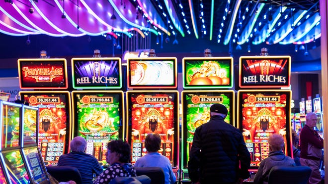 Building Relationships With Online Casino